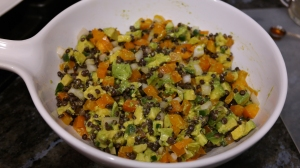 lentil avocado cup salad