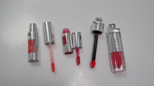 Lip Lover in 334 Corail Cabriole and 355 Framboise Etoile and Addict Fluid Stick in 575 Wonderland