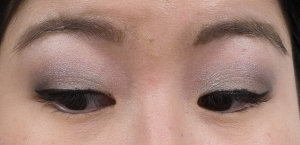 Clinique Eyes To Go Green Greys Closeup-02419